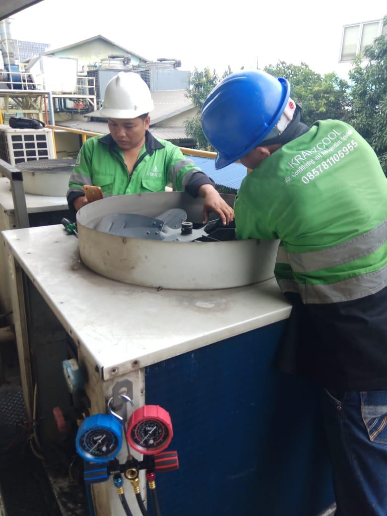 Perbaikan AC Split Duct di PT SUNTORY GARUDA BOGOR