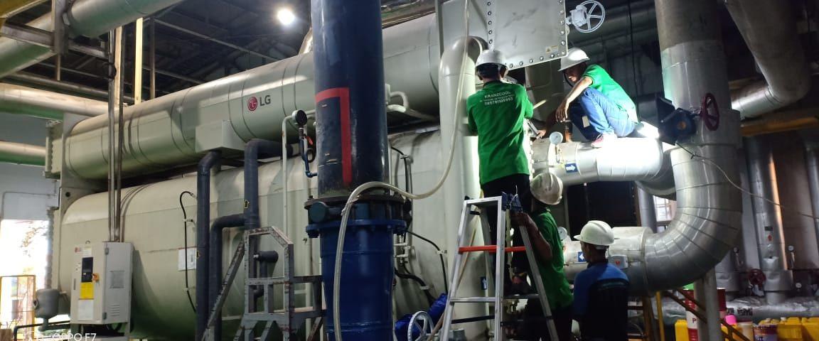 Pekerjaan perbaikan water chiller dan overhoul compresor di PT. INDOFOOD SUKSES MAKMUR CIKAMPEK